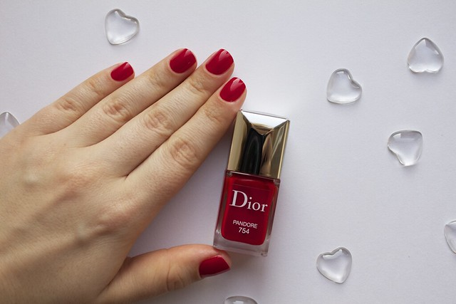 17 Dior 754 Pandore swatches