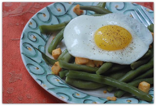 Egg, Bean & Nibblers Breakfast