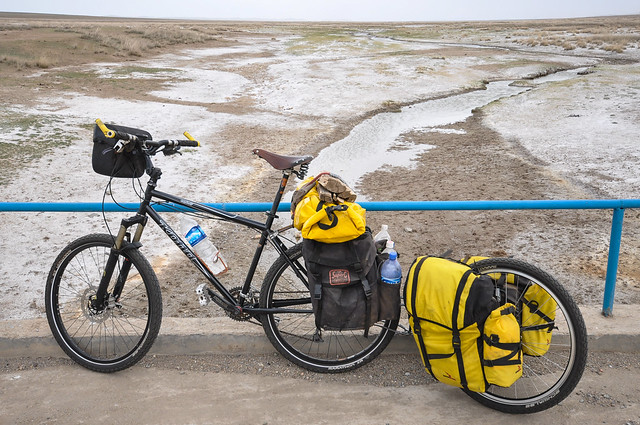 Crosso Expert panniers on an Extrawheel in Mongolia