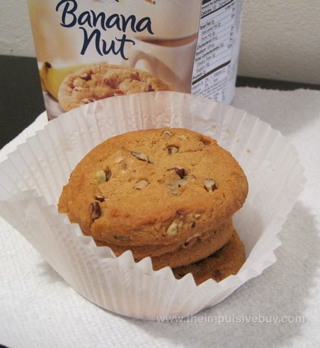 Pepperidge Farm Banana Nut Cookie Her Majesty, Queen Fluted Cup
