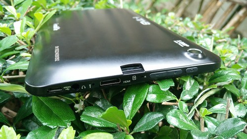 i-mobile i-TAB DTV ด้านซ้าย