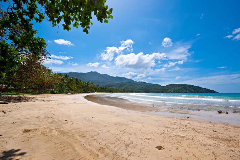 Find tranquility at Nagtabon beach