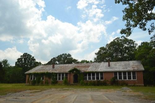 001 Abandoned School, Reform MS