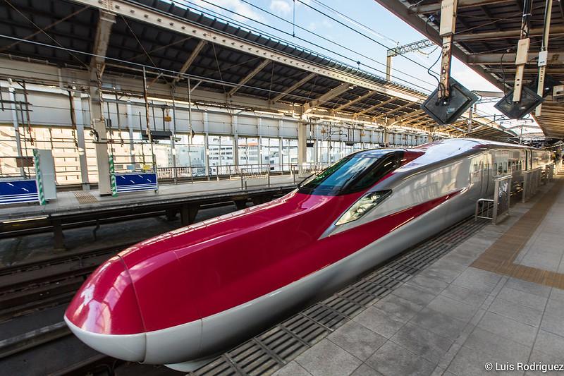Shinkansen de la serie E6
