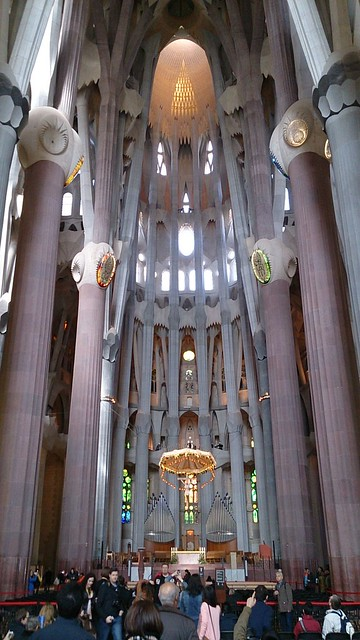 sagradafamilia_inside01