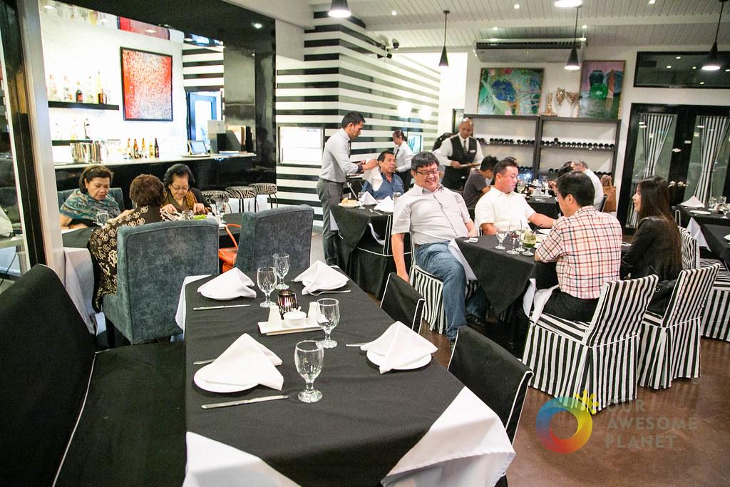 ONE WAY Restaurant-12.jpg