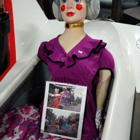 この人形もパレードで使われていたもの。