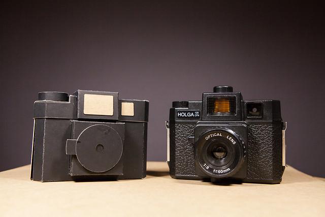 Camara estenopeica de formato medio, pinolga,  cardboard camera, pinhole camera