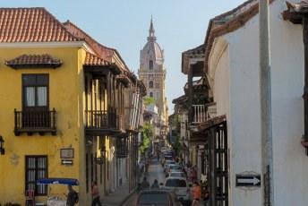 De toren van de kathedraal van Cartagena.