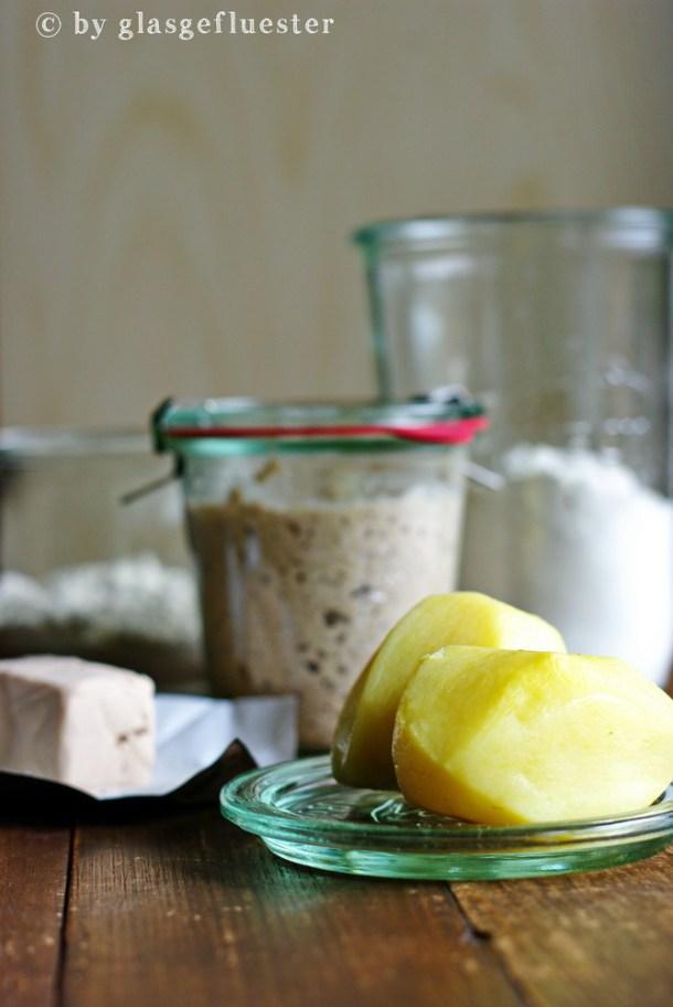 Schwäbisches Kartoffelbrot by Glasgefluester 1 klein