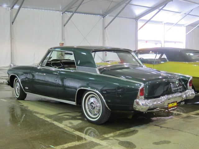 1964 Studebaker GT Hawk a
