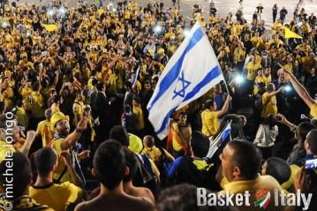 Tifosi Maccabi Tel Aviv a Milano