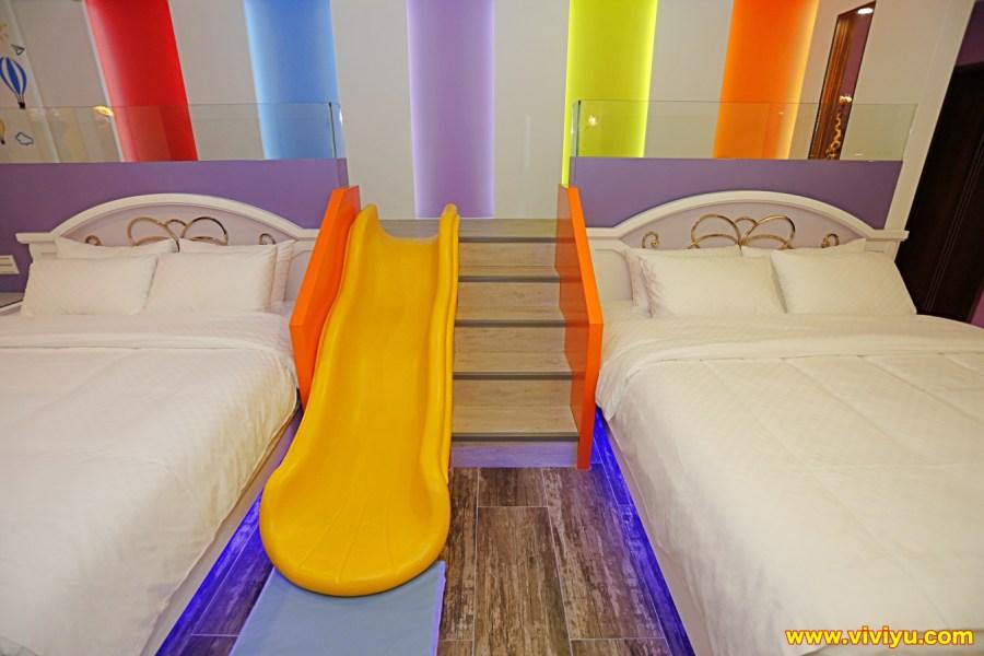 [宜蘭.民宿]親子民宿.埃及白宮~房間就有專屬溜滑梯.兒童電動車、游泳池.室內與室外都是最佳的遊樂園 @VIVIYU小世界