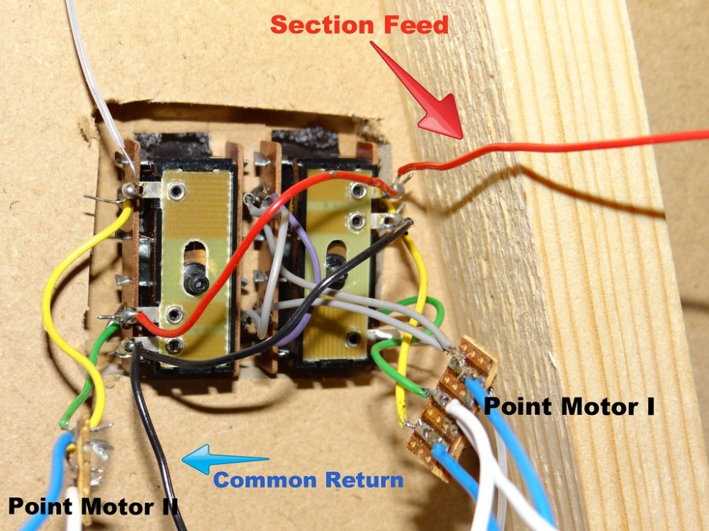 medium resolution of detailed view of wiring to accessory switches and point motors operation of my installation is by three momentary contact push button switches