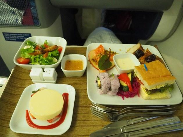 デルタワン機内食