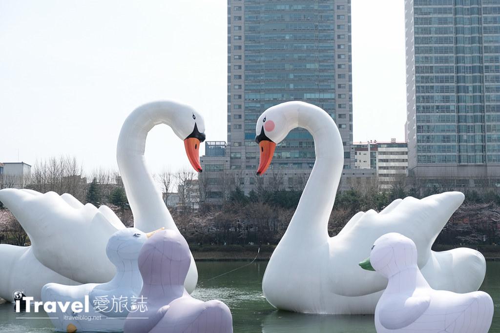 首尔赏樱景点 乐天塔石村湖 (28)