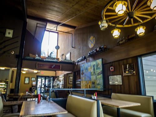 Shar Burgers at Cascade Locks