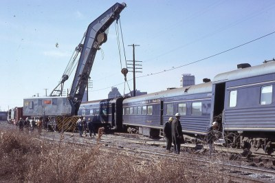 L&N derrick at 27th St Birmingham, AL rerailing Humming Bird, late 1960's (2)
