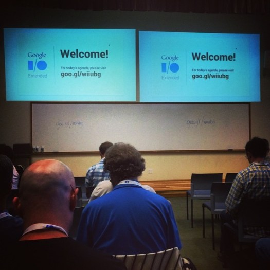 "Made it to Google I/O ""extended"". Now what do those guys in Mtn View have to share? #google"
