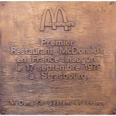 plaque-mcdonalds-strasbourg-halles-600c