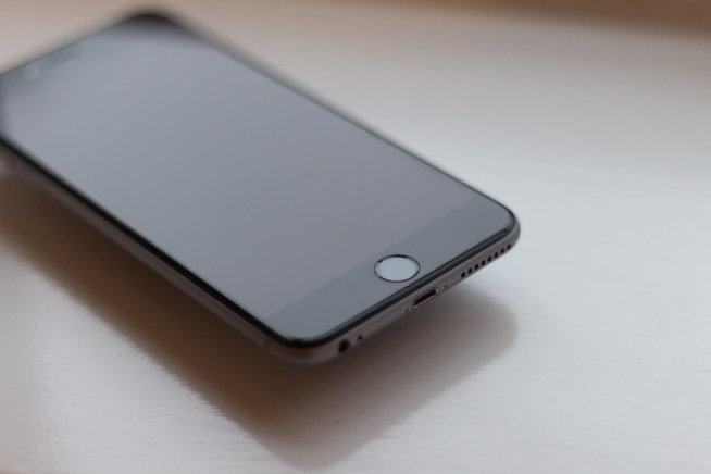iPhone 6 Plus - Front