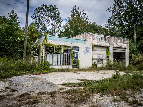 Abandoned 288 Store