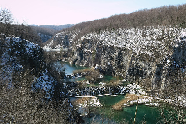 Plitvice lakes from the top with snow