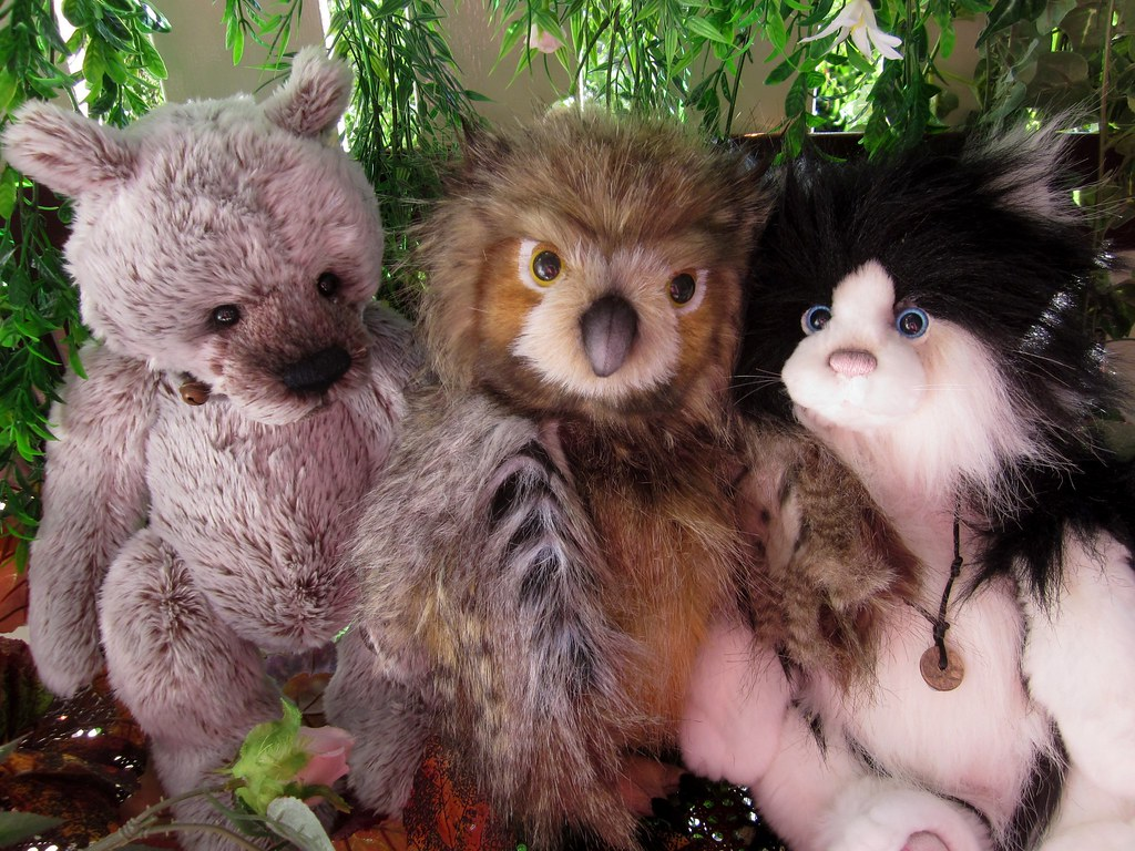 basil hootie owl alley