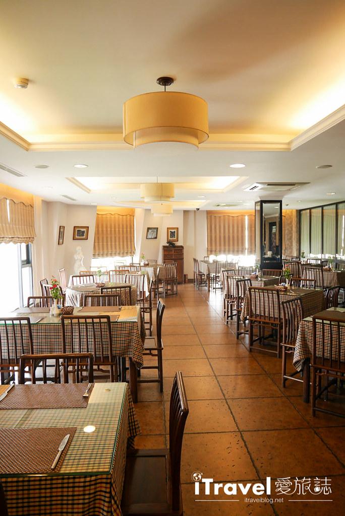 《河内饭店推荐》兰比恩酒店:星巴克共构的星级酒店
