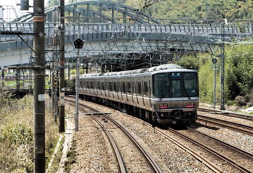 JR Train between Kyoto and Kobe