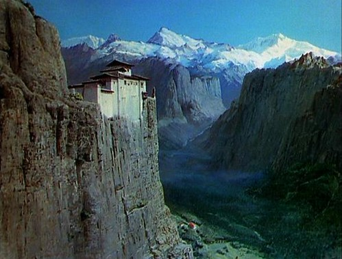 Black Narcissus, Mopu