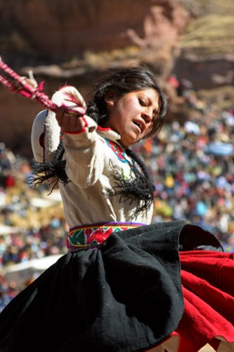 Festival de Tinajani - Dancer with Rope
