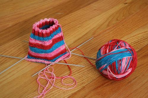 Love Stinks Vesper Socks progress 6.10.2008