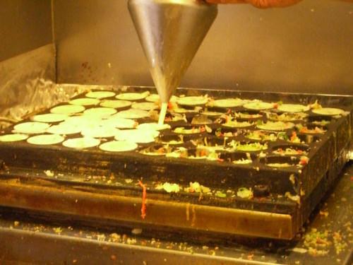 otafuku takoyaki making2
