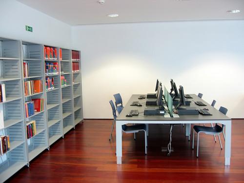 6 Maquinas e meia dúzia de livros