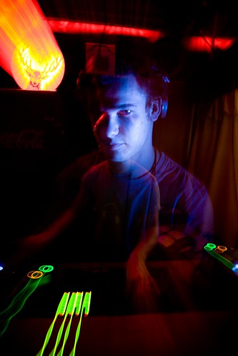 DJ_08