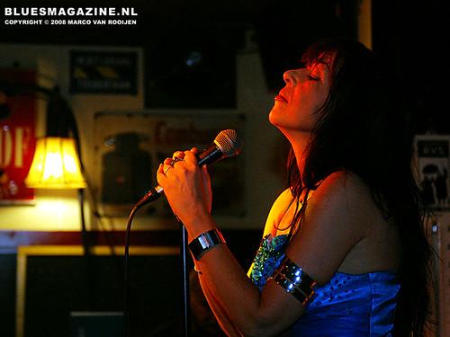 Mariella Tirotto & The Blues Federation @ Cafe Royal, Mill, NL