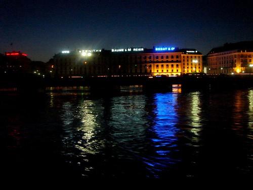Genebra, crepúsculo no verão