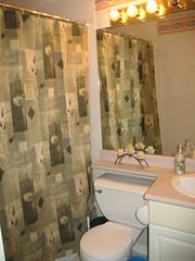 Boys Bathroom clean!