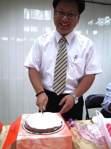 壽星切蛋糕了