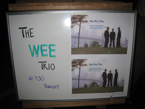 The Wee Trio plays at Lafayette Square Christian Science Society in St. Louis