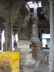 Dwajasthambam of the Main Shrine