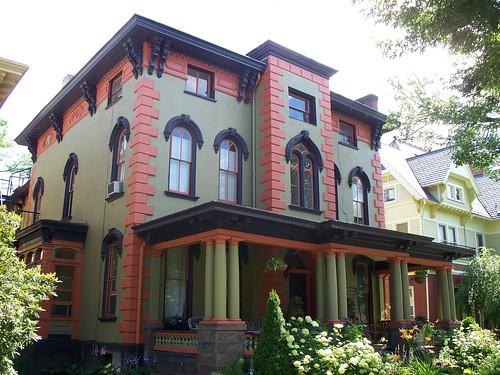 Eutermarks - Harrar House 1 - 915 West Fourth Street