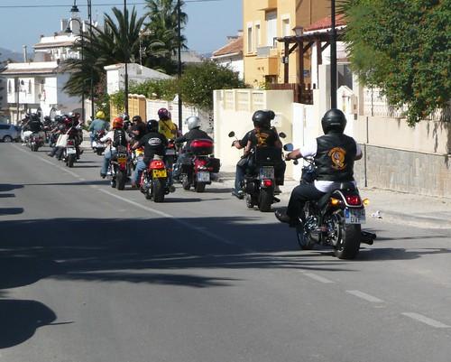 Las motos volviendo de su sonoro paseo hacia el faro