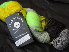 Yarn Pirate - Killer Bees