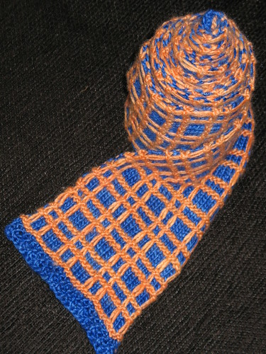 * Cool scarf - I can think of a few color combinations that would totally work for the manlets...!