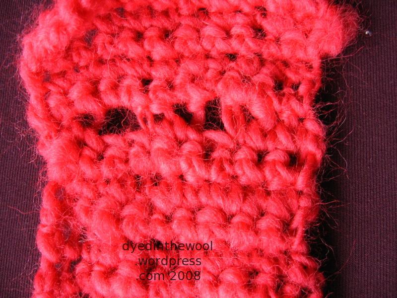 crochet neckwarmer buttonholes1