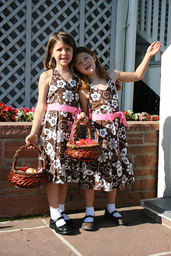 Flower girls prepare for their entrance
