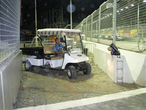F1 worker and buggy stuck at Turn 23-2008