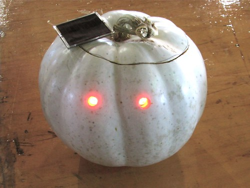 Dark Detecting Circuit For Your Jackolantern Evil Mad
